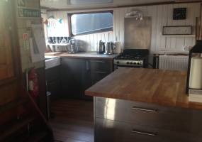 Vicarage Lane Ro-Ja ME3 9TW, Rochester, Kent United Kingdom, ,Houseboat,For Rent,Ro-Ja,Vicarage Lane,1032