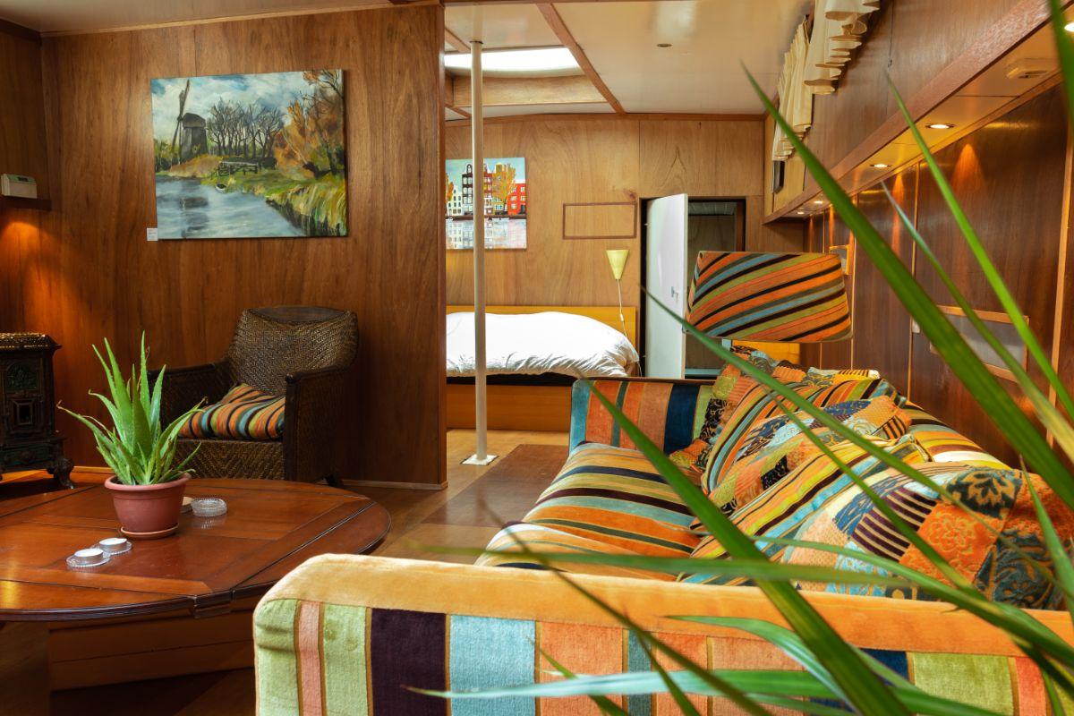 Prins Hendrikkade 523 1011 TE, Amsterdam, Noord-Holland Nederland, ,Woonboot,Te huur,Prins Hendrikkade,1034
